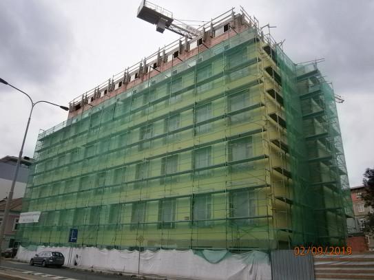 Stavba a exteriér
